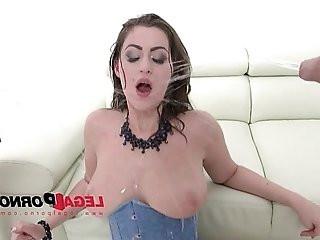 Piss drinking slut Kendra Star fucked by guys DPed