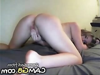 Girl with Smoking Hot Body Shows it on Webcam