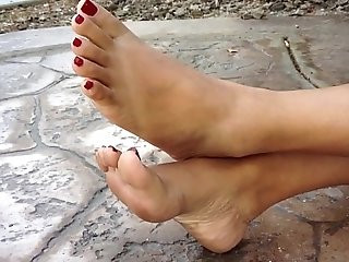 Asian footjob with cumshot!!